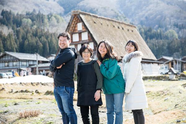 岐阜県・白川郷がオンラインコミュニティ「合掌ヴィレッジ」立ち上げへ。地域住民の負担軽減と観光客の満足向上を目指す