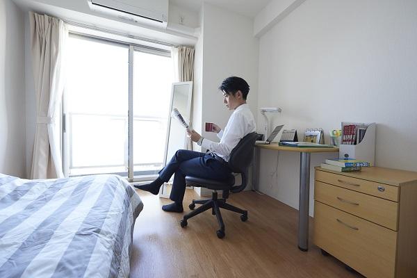 ドーミー・ドーミーイン、2食付きの「社会人向け支援プログラム」を6月より提供!月額7万円~の特別価格