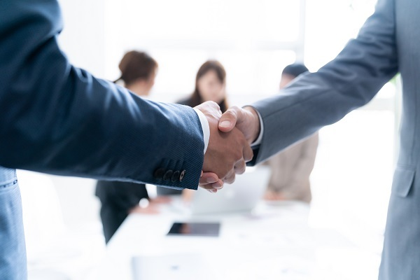 社会人のOB訪問をマッチング「OBトーク転職」がリリース!気になる企業・職種のリアルな情報を入手
