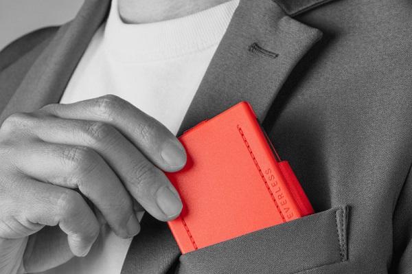 3ステップで素早く広げて畳める「カードサイズのスマートエコバッグ」登場!ポケットに入れてコンパクトに持ち運ぶ