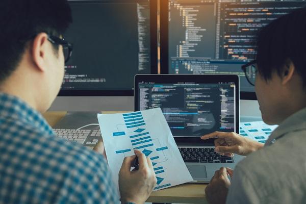 未経験からプロエンジニアとして働くために必要なスキルを学習、「コンピュータサイエンス基礎 初級編」無料公開