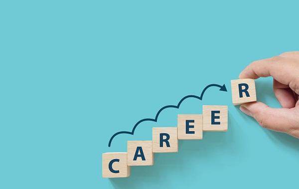 キャリアの幅を広げよう!エンジニア特化の転職相談フェア「クラウド万博〜オンライン 2020〜」開催へ