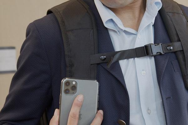 タッチするだけでアプリが起動!便利な「スマホ連動ビジネスバックパック」先行予約受付中