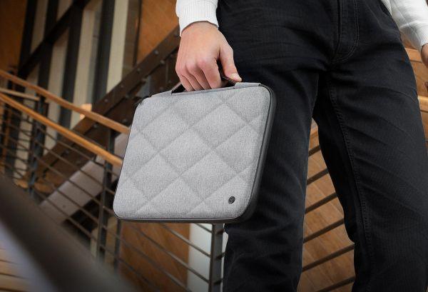 ミーティングやちょっとした外出に…エレガントでミニマルなデザインのMacBook用ハードケースが発売