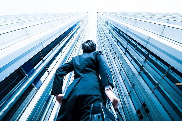 逆風の中で、どう就活すべきか?外資系人材紹介会社が「コロナ禍での就活を乗り切る7つのポイント」を発表