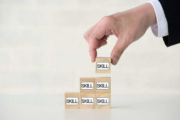 自分の市場価値を高めたい!11月第2週に発表された「スキルアップ・キャリアアップのためのサービス」まとめ
