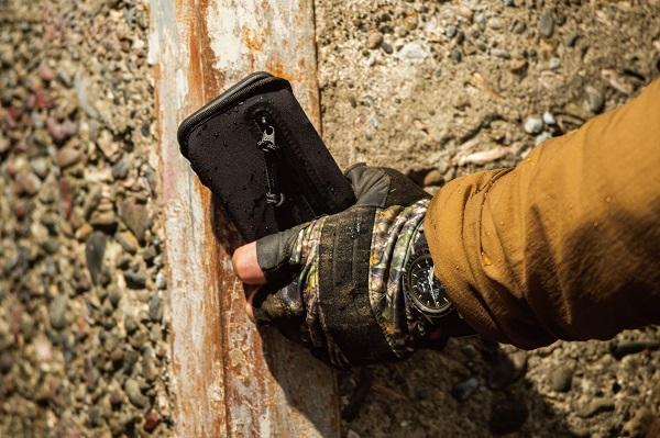 財布・名刺・iPhone・小物をひとつに!収納力抜群、できる男のiPhoneケース「Wrapup」販売中