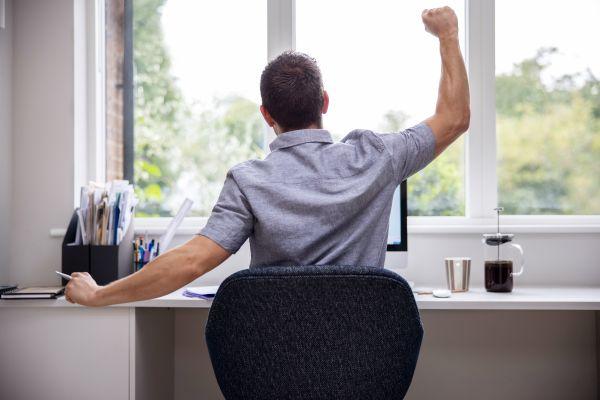 テレワークや副業時のオーバーワークを防ぐ! PC用セルフ時間管理ソフト「TIMER ROBO」登場