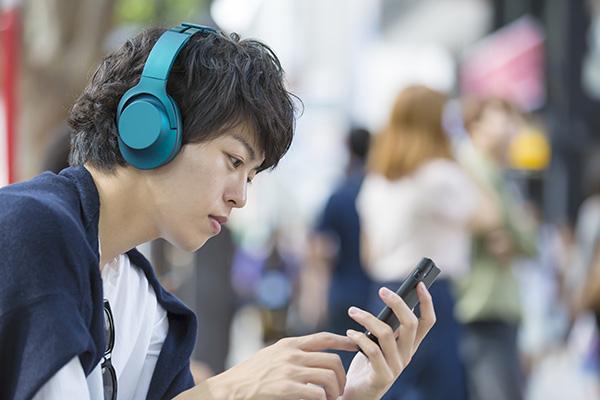 就活で一歩リードしたい人へ!朝日新聞ポッドキャスト、就活生に役立つ新番組を配信中
