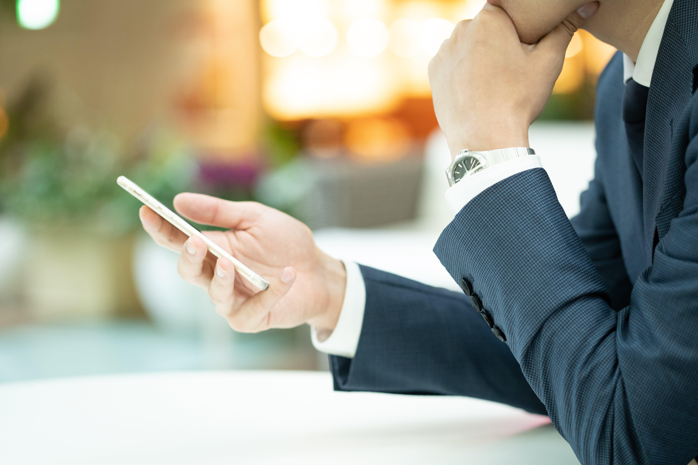 就活時に知っておきたい電話のマナー・対応方法【時間・受け方・折り返しの方法など】