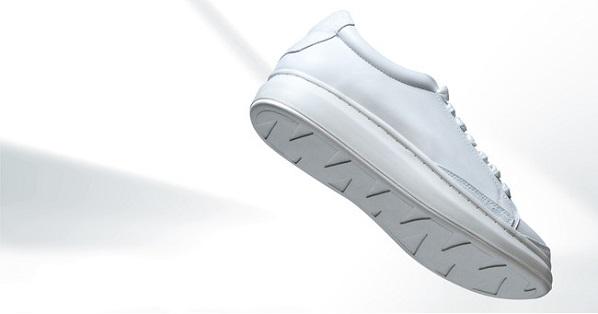 白スニーカーを長期間きれいに履くための「GO WITH WHITE」EC限定サブスクβ版リリース!