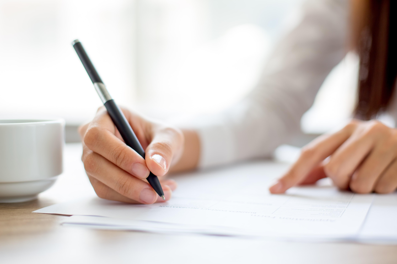 就活での作文の書き方を徹底解説!5つの対策方法・書き方の流れ・頻出テーマを確認しよう