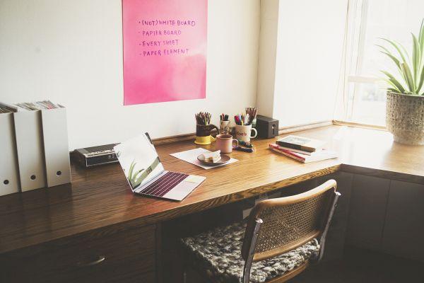 今すぐ在宅勤務の気分を上げてくれそう!便利でおしゃれな紙のホワイトボード「パピエボード」新発売
