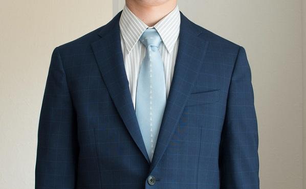 新社会人のネクタイ難民へ!タバラット、滑走路をイメージした日本製シルクネクタイを発売