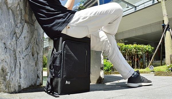 ちょっと休憩したい時に嬉しい!いつでもどこでも座れるリュック「Pack Chair0」登場