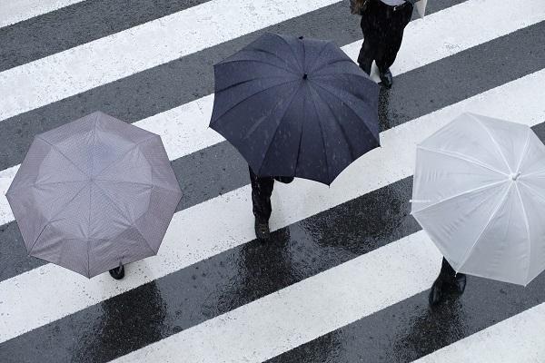 """就活中の""""突然の雨""""も安心!アイカサ、22歳以下対象の「無料使い放題プラン」リリース"""