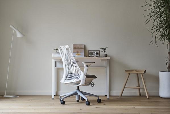 まだその椅子で仕事してるの?在宅勤務におすすめのワークチェアを取りそろえた『Kagg Home』リリース