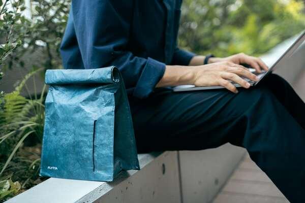 スーツに合うから毎日使いたい!カッコいいエコバッグ「BAGOROLL」Makuakeに登場
