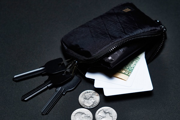 財布・鍵・エコバッグが一つに!手のひらサイズの多機能ケース「MUZOSA X-PAC」先行予約開始