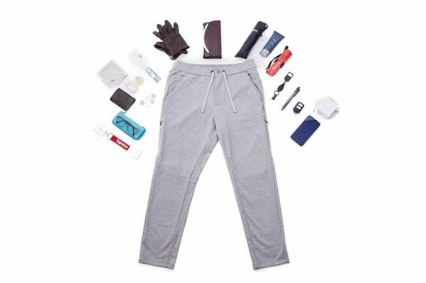 手ぶらで外出したいミニマリストにぴったり!16個のポケット搭載&脚が長く見える「スウェットパンツ」が人気