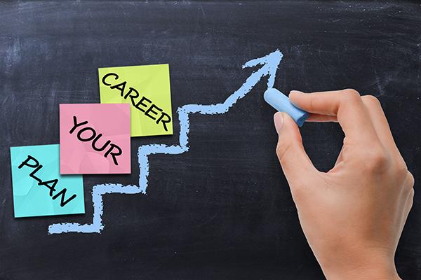 たくさんありすぎて選べないなら!転職や副業で使いたい、口コミ情報サイト「みんなのキャリア」開設